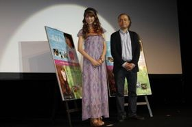 桐谷美玲と共演者・三浦貴大らの仲の良さに監督「こっちが妬けちゃう」とジェラシー