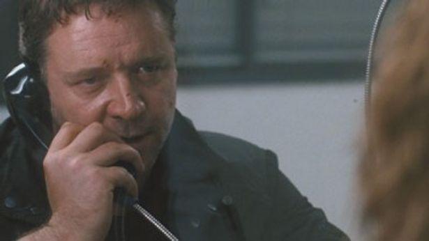 いわれなき罪で投獄された妻を救うためラッセル・クロウ扮する大学教授が奮闘する『スリーデイズ』