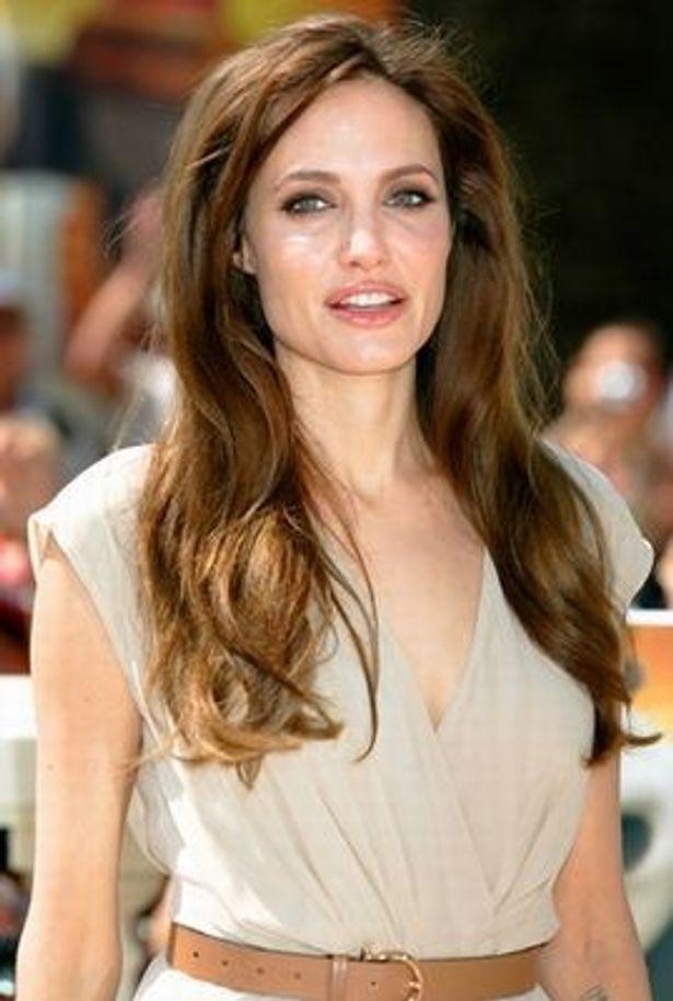 【写真】先月発表されたハリウッド女優所得番付で1位のアンジェリーナ・ジョリー。しかしその額は3000万ドルと、レオとは大きな開きがある