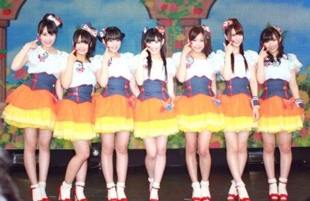 新曲発売記念ライブを開催した渡り廊下走り隊7