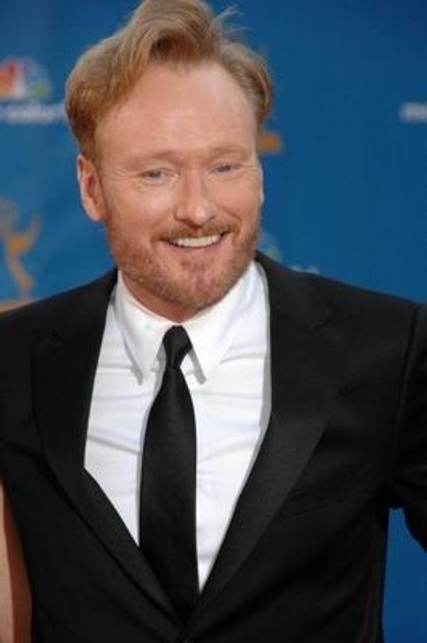 コナン・オブライエン司会の米トーク番組に出演したジェームズは、ポルノ業界に興味を持ったきっかけを語った