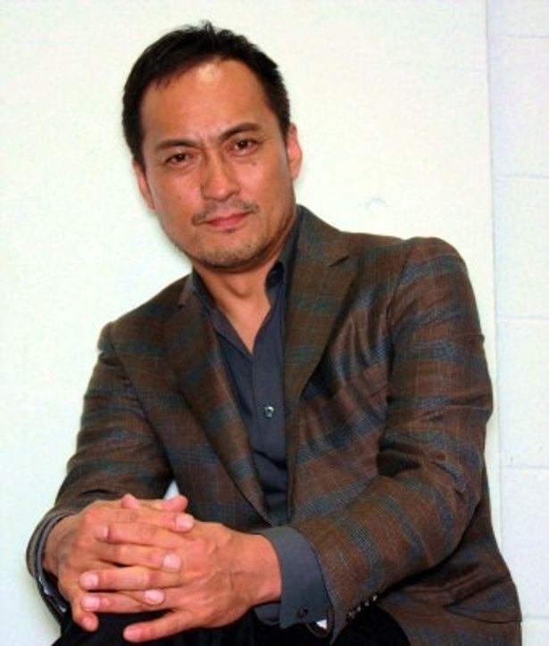 『シャンハイ』で冷酷な日本人将校タナカ役を演じた渡辺謙