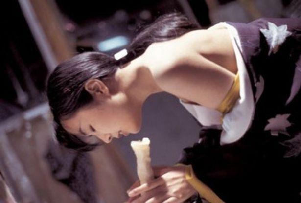キャリアで唯一のピンク作品『性戯の達人 女体壺さぐり』で、園子温が監督だけでなく俳優としても登場