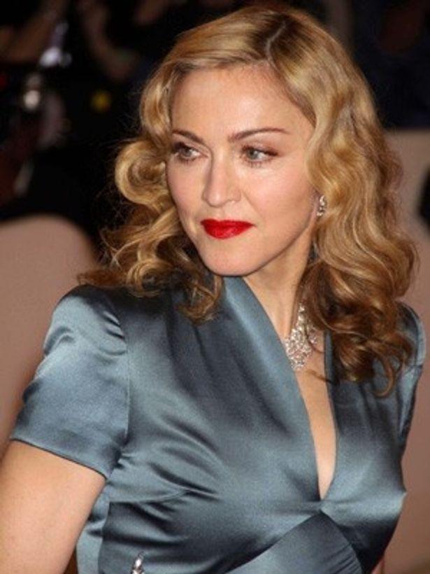 ヴェネチア国際映画祭でマドンナの監督作『W.E.』がプレミア上映された