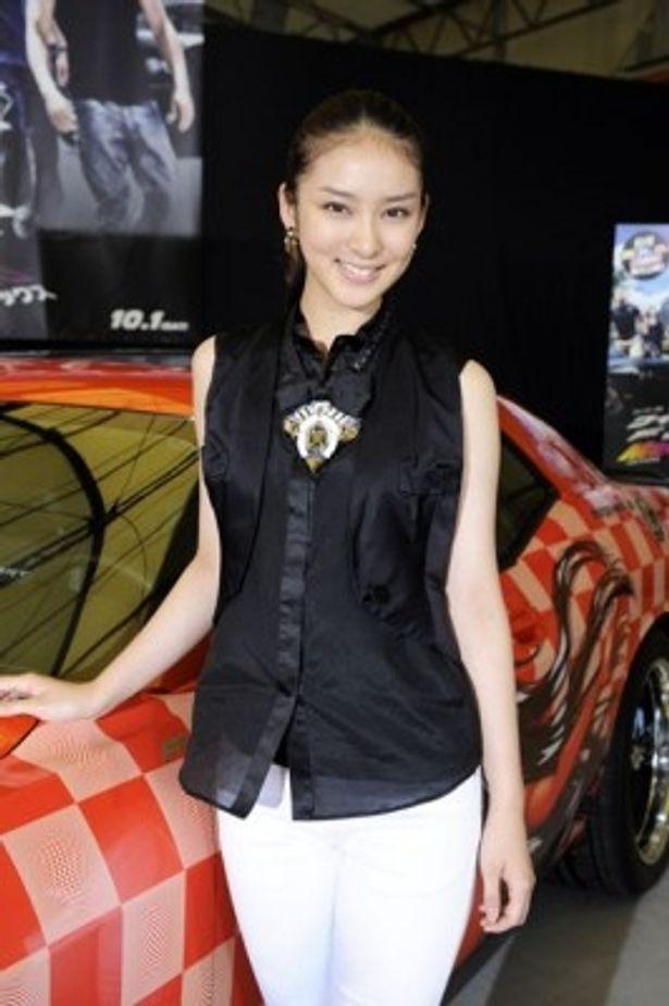 ドラマにCMに大活躍中の武井咲が、ハリウッド映画の吹替に初挑戦!