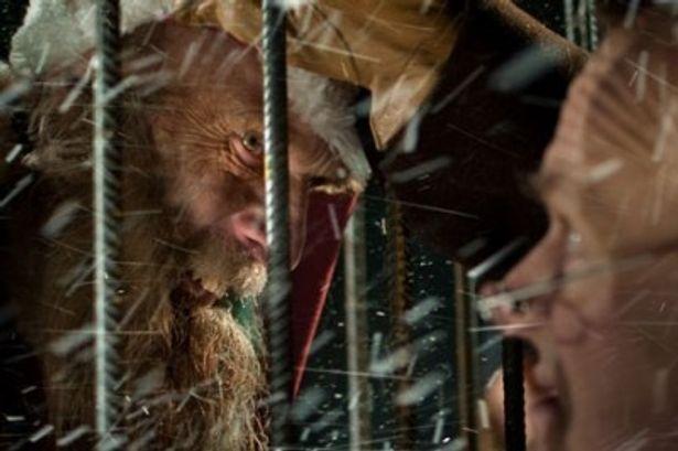 サンタが凶悪なモンスターだったなんて!
