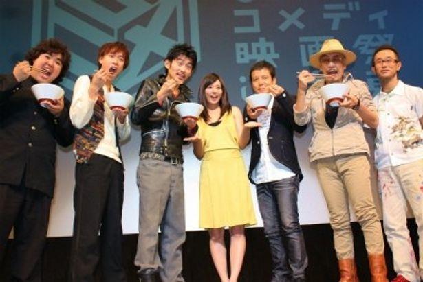 人気コミックを映画化した『極道めし』の舞台挨拶が浅草で開催
