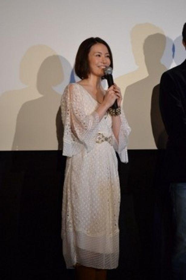 芯の強い妻・美智子役を好演したミムラ