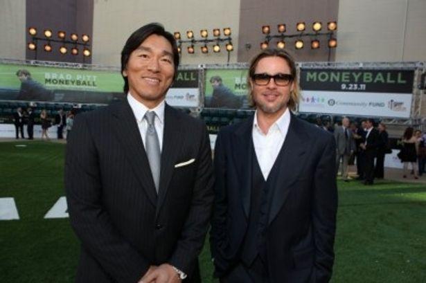 『マネーボール』USプレミアで初対面を果たしたブラッド・ピットと松井秀喜