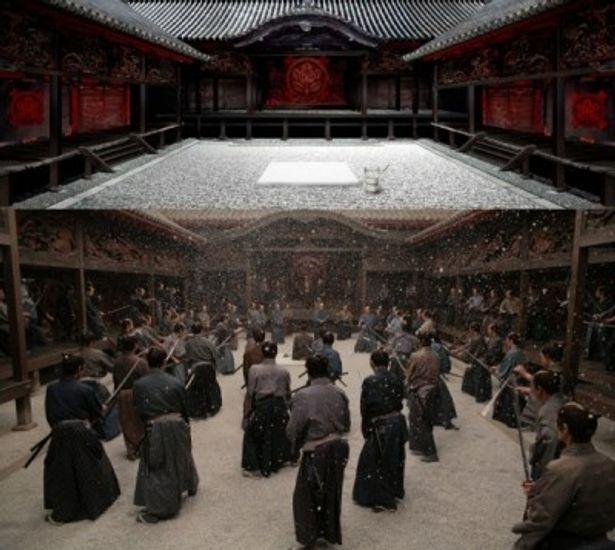 井伊家の庭のデザイン画(上)と実際の場面写真(下)。美術担当の林田裕至は、『十三人の刺客』で日本アカデミー賞の最優秀美術賞を受賞