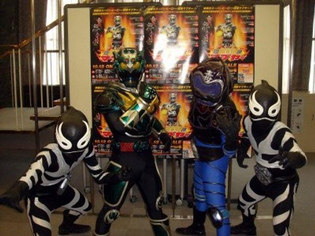 クーバー1号、琉神マブヤー、ハブクラーゲン、クーバー2号(写真左から)