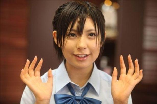 水も滴る良い女!? 海から現れた謎の女子高生・山岡マイコとは何者なのか?
