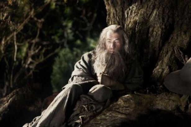 鍵を握る重要な人物、魔法使いガンダルフを演じるイアン・マッケラン