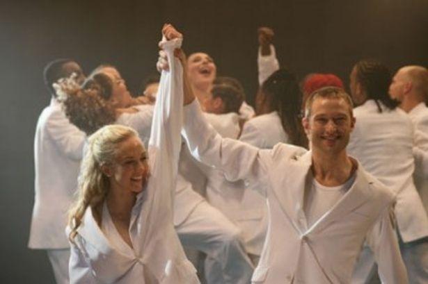 人気ダンサーらが多数登場する青春作『ストリートダンス TOP OF UK』は正月第一弾公開