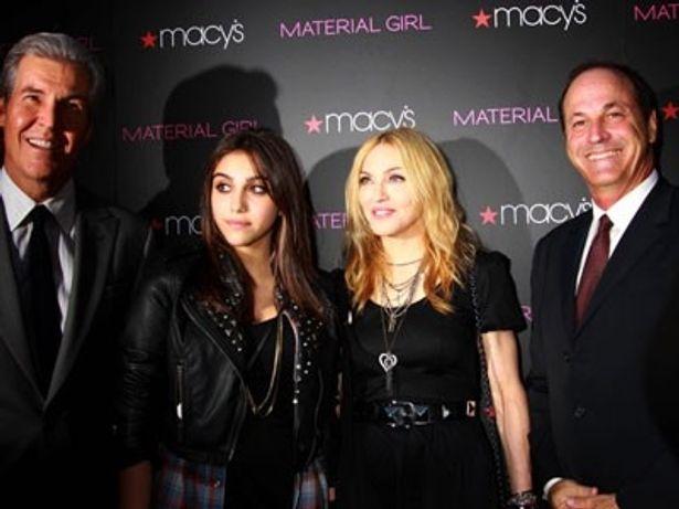 【写真】マドンナは昨年、娘とコラボしてティーン向けのブランド、Material Girlを立ち上げた