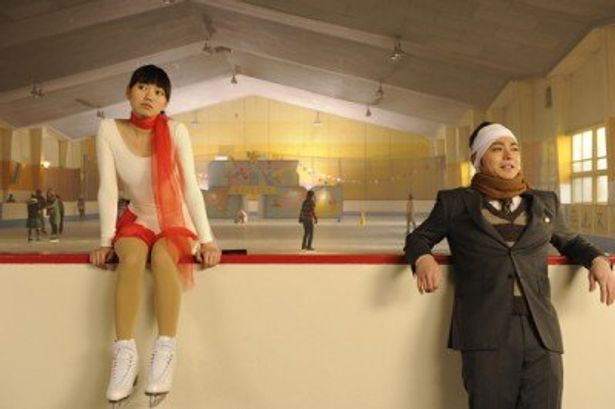 謎のスケート少女・エミを演じた二階堂ふみ
