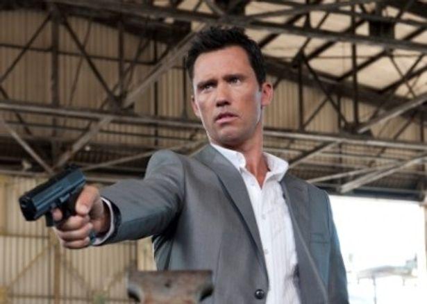 本作の主人公マイケルを演じるのはジェフリー・ドノヴァン