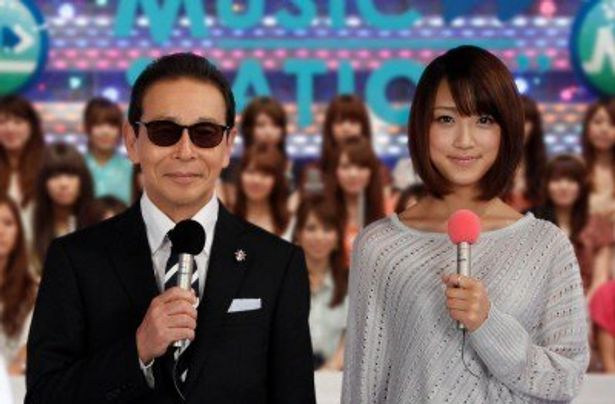 司会はタモリ、竹内由恵アナウンサー(写真左から)