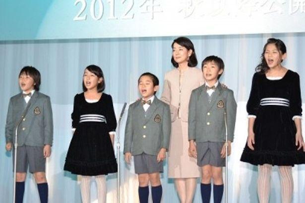 子供たちによる合唱も行われた