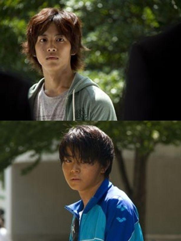 松坂桃李(上)と菅田将暉(下)、特撮ヒーロー出身のふたりが話題作のキーパーソンとして共演