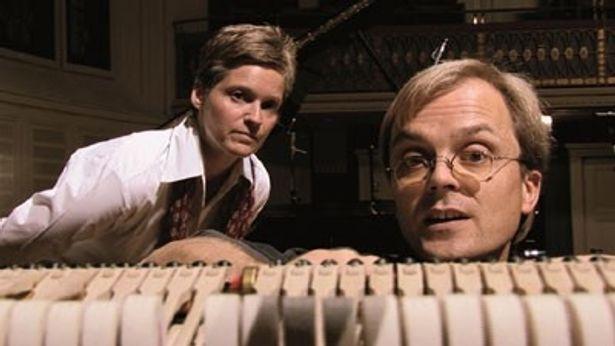 【写真】調律師はピアニストの無理難題を職人としての意地とプライドで次々と解決していく
