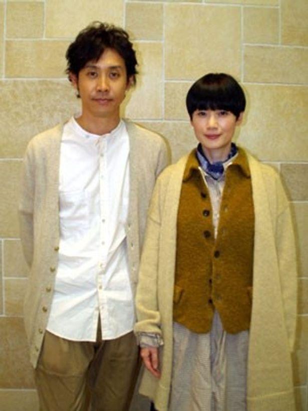 初共演が夫婦役となった原田知世と大泉洋。作品同様、穏やかな雰囲気が漂う