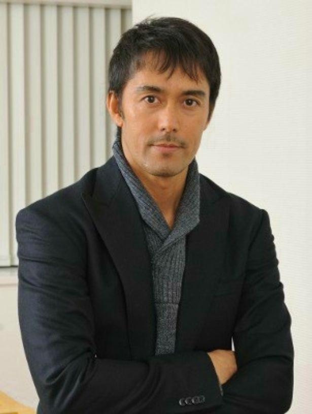 『麒麟の翼 劇場版・新参者』でドラマに続き加賀恭一郎役を演じた阿部寛