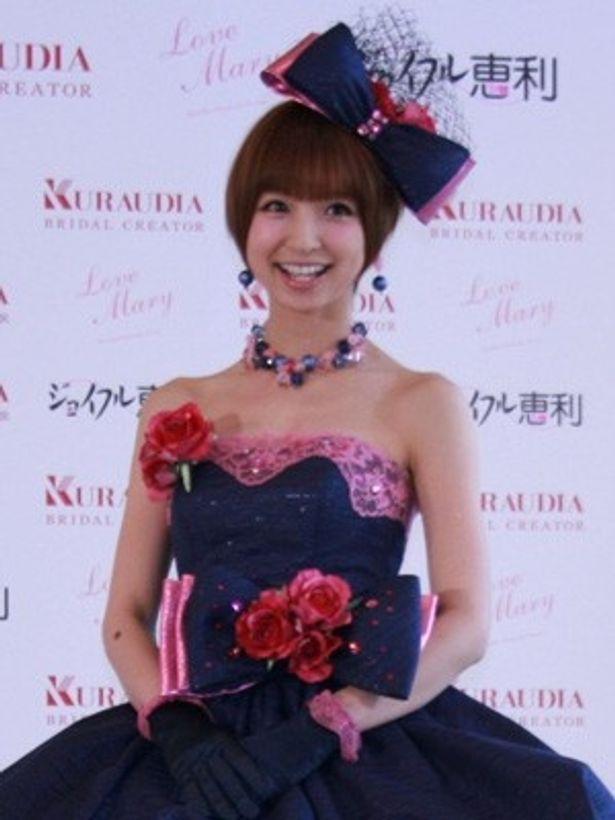 ウエディングドレスコレクション「Love Mary」を立ち上げた篠田麻里子さん