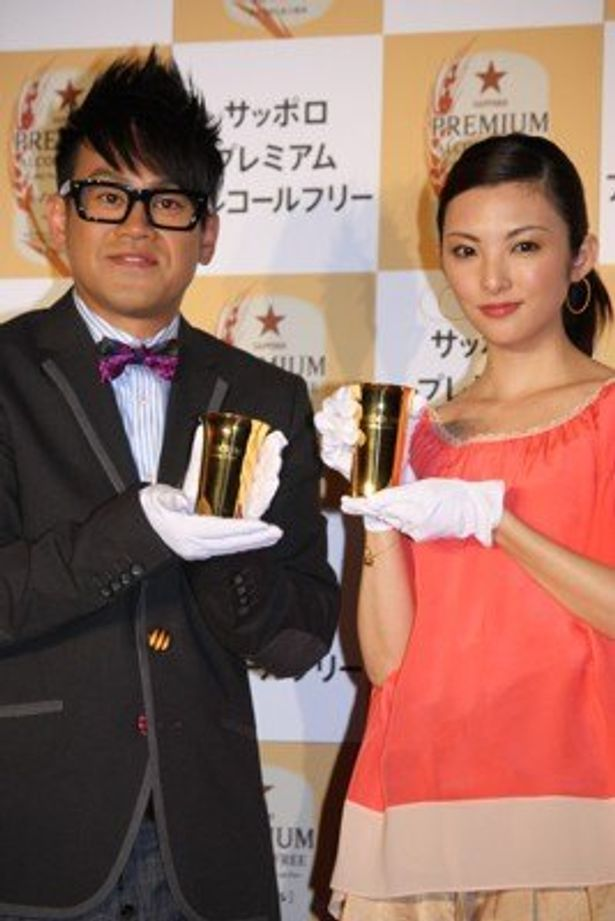 田中麗奈さんと宮川大輔さんが出席