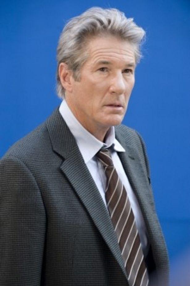 元CIA諜報員ポール・シェファーソンを演じるリチャード・ギア