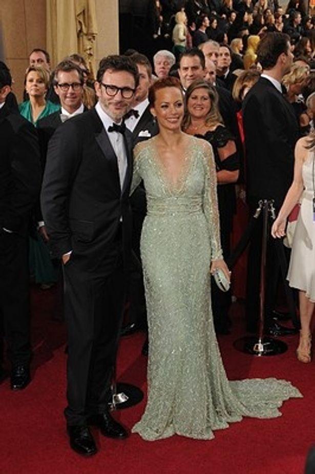【写真】レッドカーペットでのミシェル・アザナヴィシウス監督と妻で『アーティスト』主演のベレネス・ベジョ