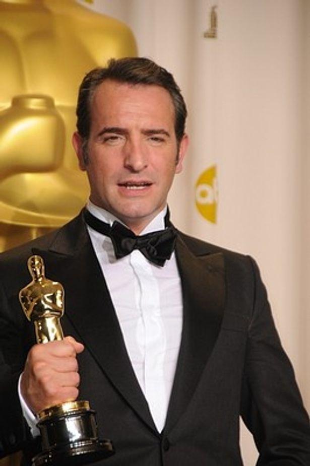 アカデミー主演男優賞は『アーティスト』のジャン・デュジャルダンが獲得。フランス人として初の快挙!