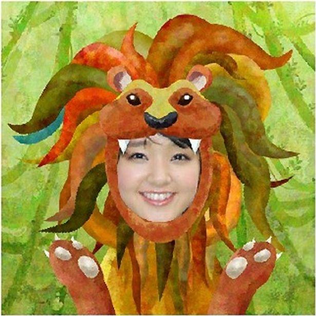 ユニークなライオンのキャラクターに扮した剛力彩芽さん