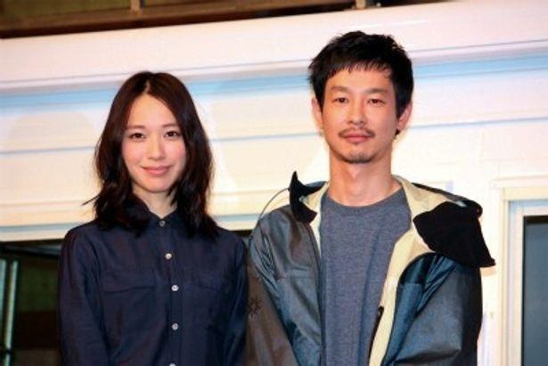 映画「劇場版 SPEC 天」のイベントに登場した戸田恵梨香と加瀬亮
