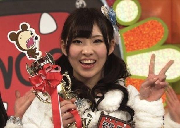 AKB48内のカラオケ大会で見事優勝に輝いた岩佐美咲さん
