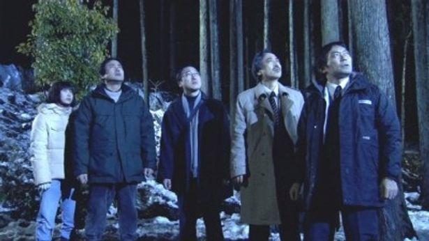 【写真】永島敏行、渡辺いっけい、石丸謙二郎、中村育二、佐野史郎が仲良し5人組に扮する