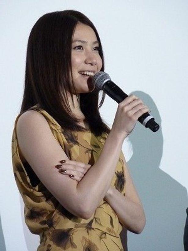 「松山さんを俳優として尊敬します」と村川絵梨