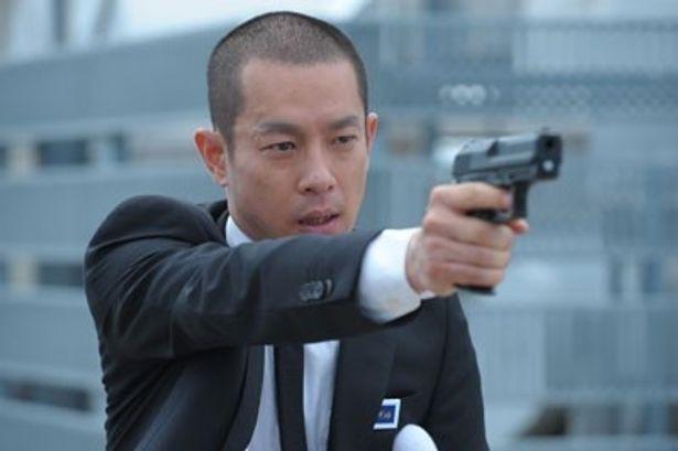 加瀬亮扮する警視庁特殊部隊(SIT)出身の熱血漢・瀬文焚流