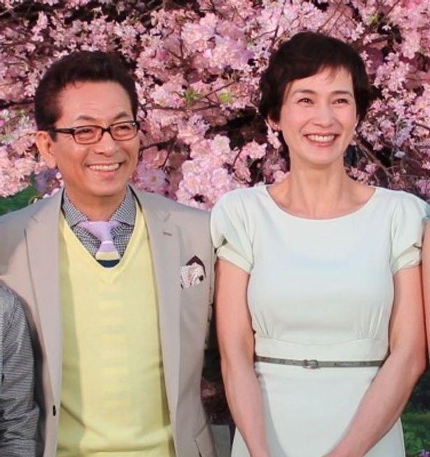 【写真を見る】木梨憲武がキューピット!夫婦役で共演した水谷豊と安田成美