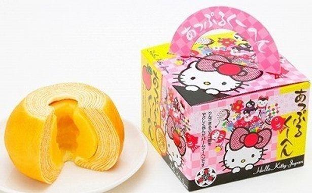 「Hello Kitty Japan アップルクーヘン」(1100円)などかわいいアイテムがズラリ!