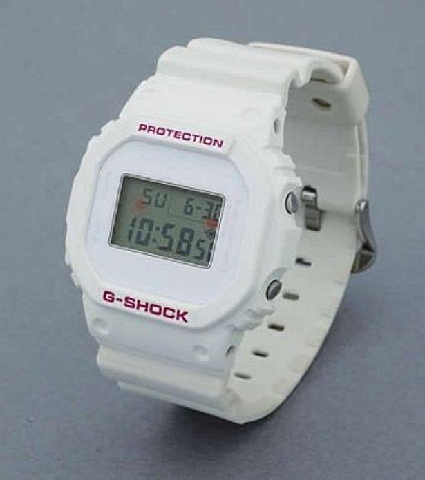 「G-SHOCK DW-5600 キュゥべえ」(1万4800円)