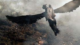 アクション映画好きが大絶賛! 『タイタンの逆襲』戦闘シーンを公開