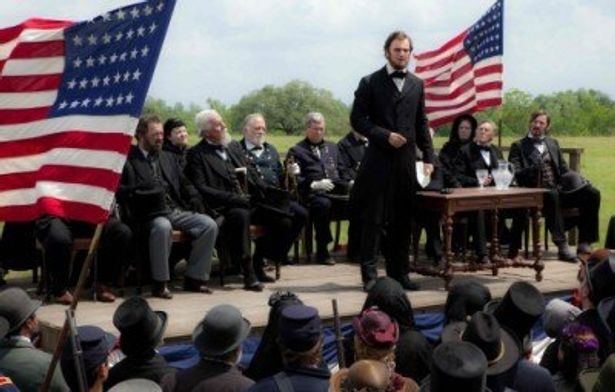 リンカーンの昼の顔が初公開