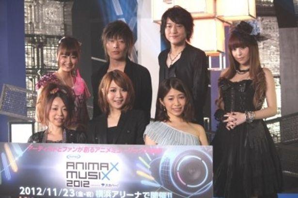 (前列左から)KOTOKO、May'n、南里侑香 (後列左から)麻生夏子、GRANRODEO、黒崎真音