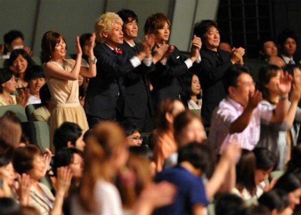 『海猿』コンサートで5000人のファンが集結