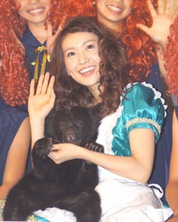 舞台あいさつを行った大島優子