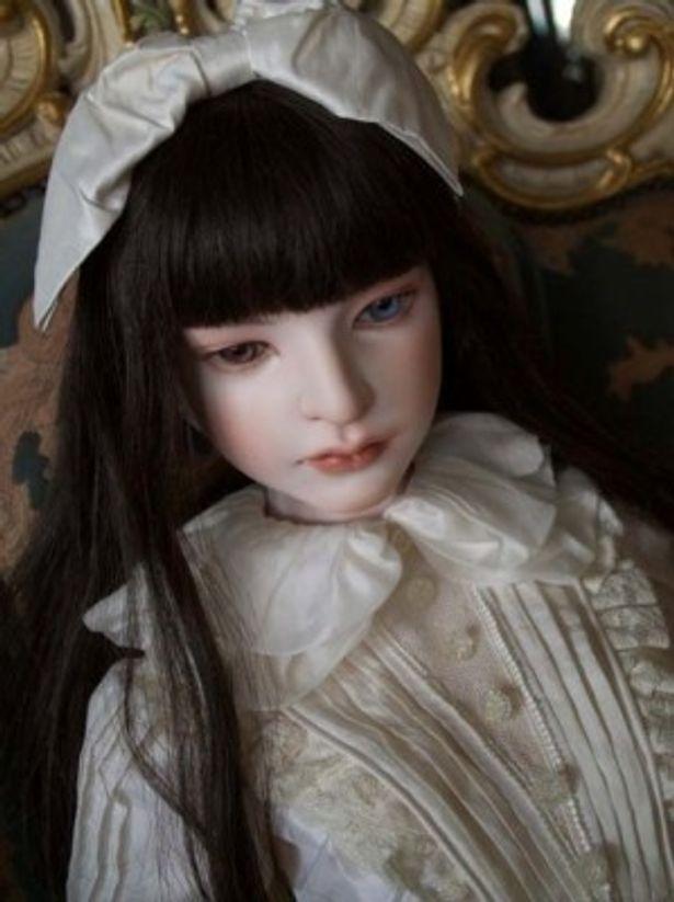 Bunkamuraギャラリーでは「『Another』へのオマージュ 眼球と少女たち」が8月15日(水)から開催。恋月姫の人形も生で見られる