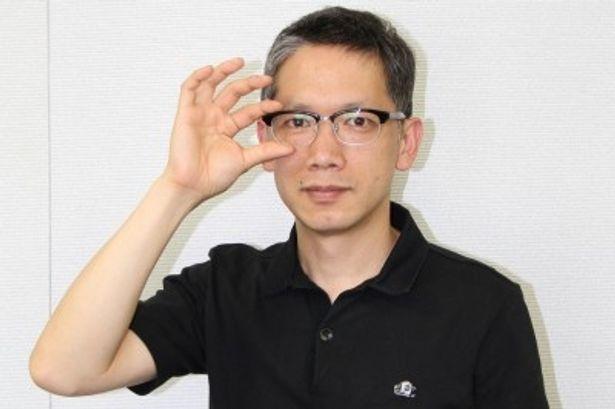 監督作「ロボジー」のブルーレイ&DVDが発売される矢口史靖監督