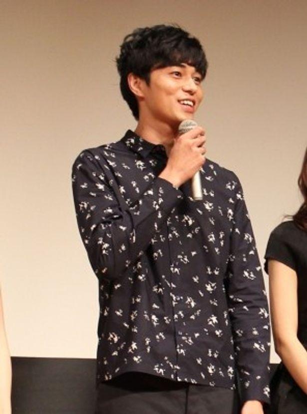 本作が映画初出演となった東出昌大は「スタッフ、キャストに支えられた!」