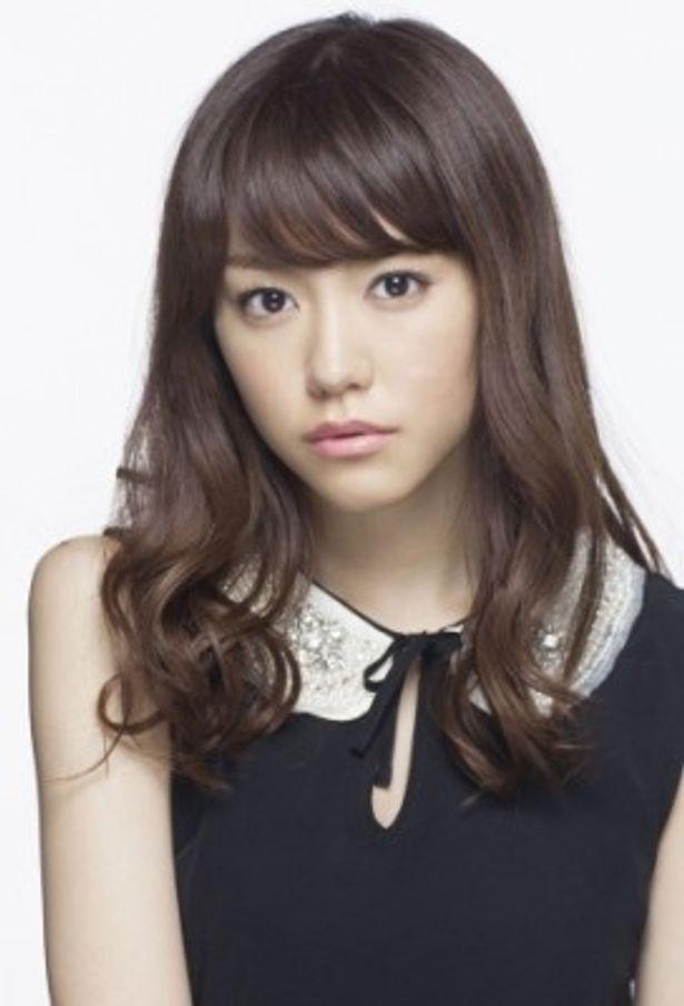 ヒロインの佳美を演じるのは桐谷美玲